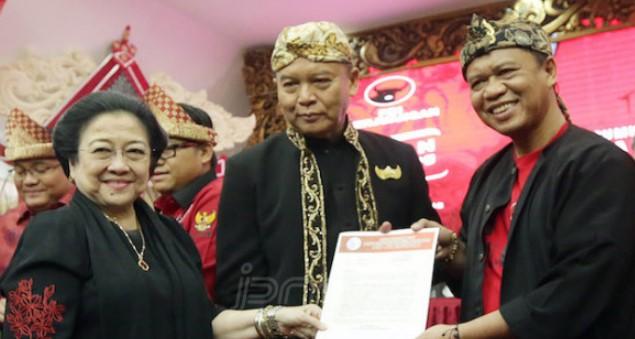 PDIP Yakin Calonnya Bisa Raih Suara Mayoritas Muslim dan Sebut TB. Hasanuddin-Anton Muslim Yang Taat