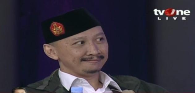 "Merasa Sok Tahu Sejarah Lengsernya Bung Karno, Abu Janda Tak Berdaya ""Dikunci Mati"" Warganet"