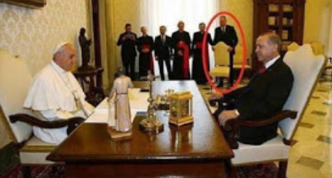 Erdogan Dituduh Tak Mau Duduk Sebelum Kursinya Sama dengan Kursi Paus? Ini Faktanya Sebenarnya