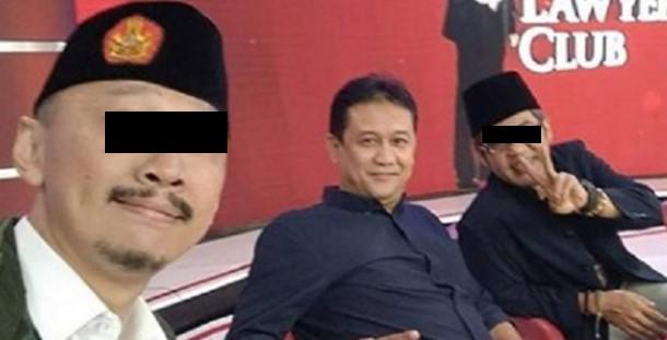 Fitnah Anies Disoraki karena Serobot Antrian di Open House Jokowi, Denny Siregar Akhirnya Malu Sendiri