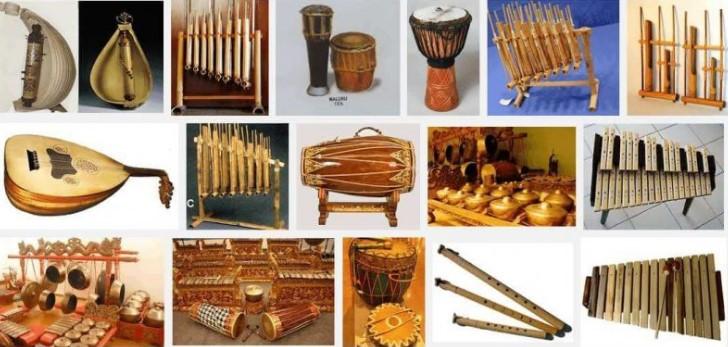 Artikel terkait dengan arti dari alat musik ristmis tradisional