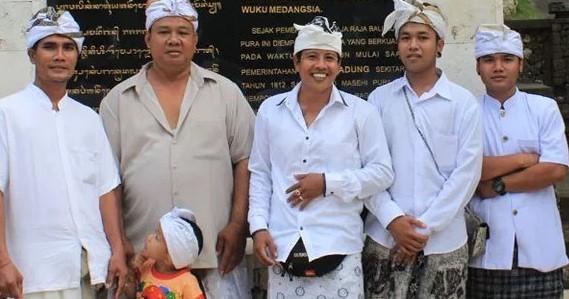 11 Pakaian Adat Tradisional Bali Pria dan Wanita serta Faktanya