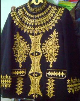 Deskripsi tentang baju Meukeusah Yang Merupakan Pakaian Adat Aceh yang Unik