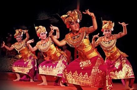 Penjelasan utuh tentang Tari Wiranata Bali yang unik