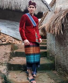 Review mengenai deskripsi celana adat Jawa Barat yang unik