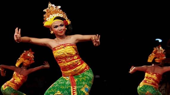 Ulasan tentang seni Tari Tenun asal Bali yang keren sekali