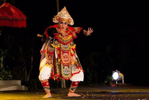 Ulasan yang jelas tentang Tari Baris untuk pecinta Budaya Bali