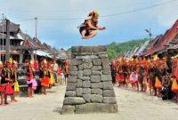 Tradisi-Hombo-Batu