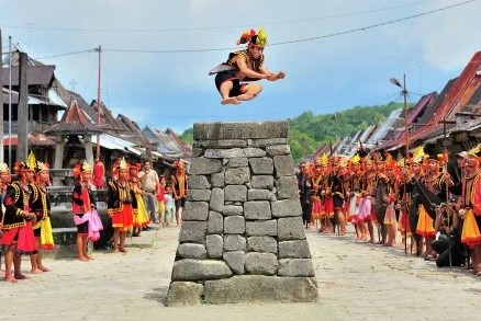 13 Upacara Adat Khas Sumatera Utara, Gambar dan Keterangannya