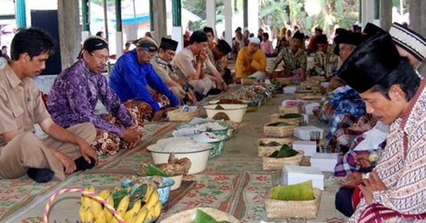 Tradisi-Sadran