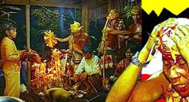 12 Upacara Adat Khas Kalimantan Timur Samarinda dan Keterangan